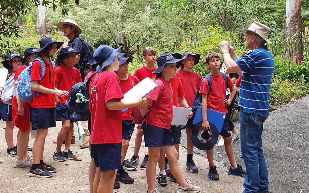 Botanic Gardens Hosts School Group